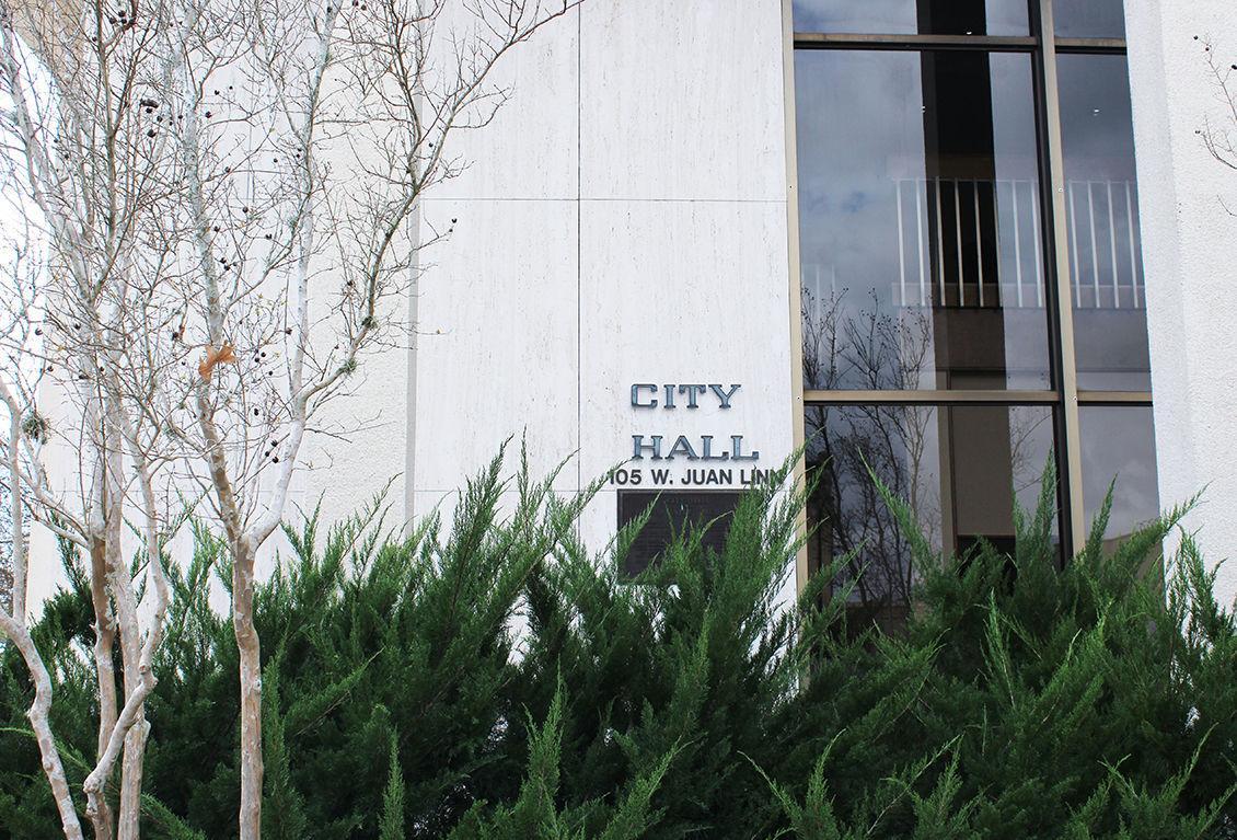 Victoria Texas City Hall Regarding Evergreen Cemetery